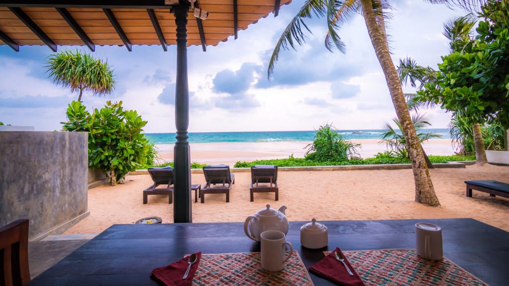 Blue Parrot Beach Villa