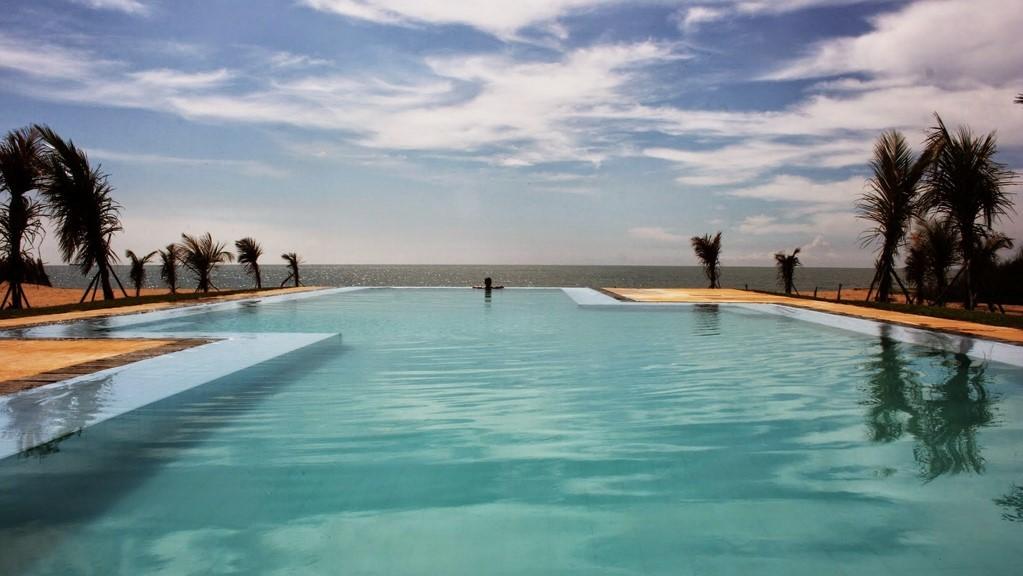 Khomba Beach House