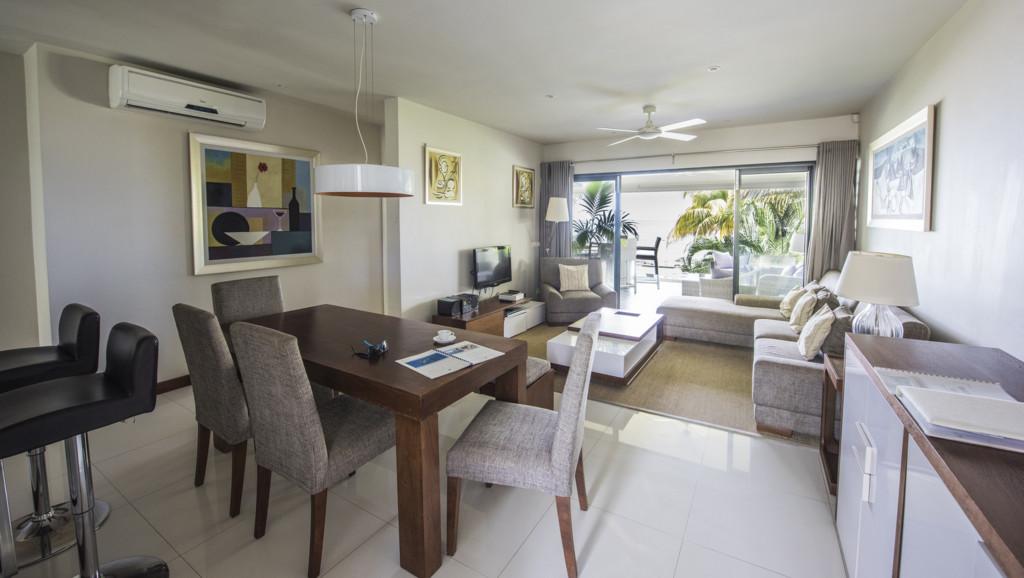 Leora Beach Premium Apartment