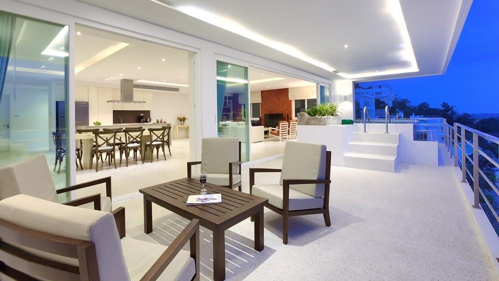 Serene Penthouse