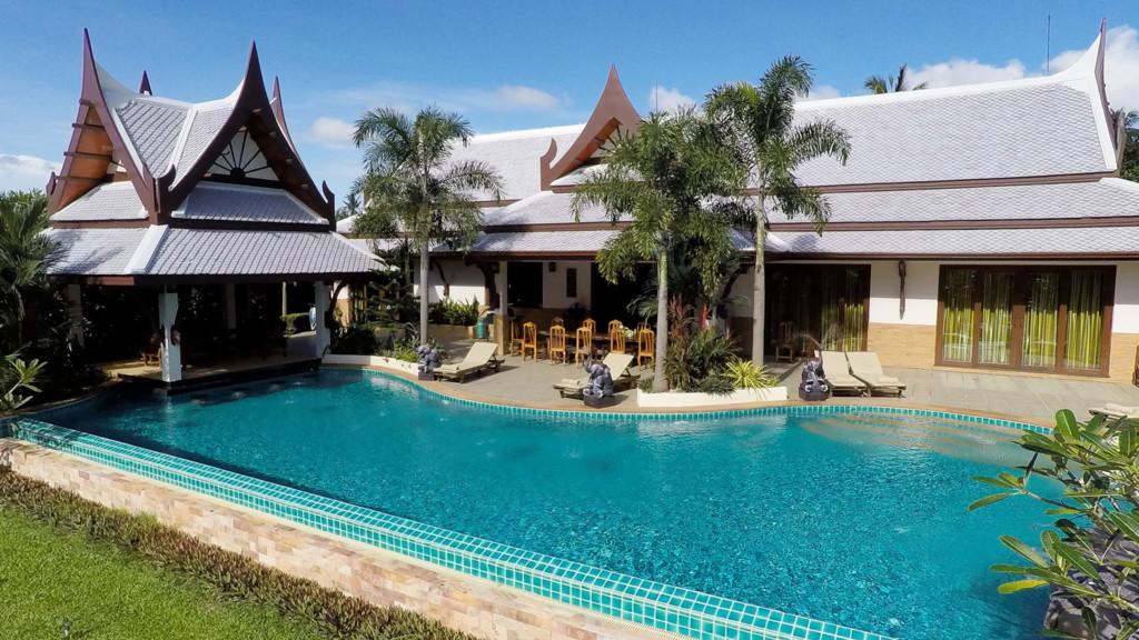 Villa Saifon Twins