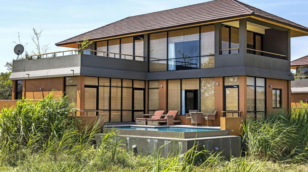 Water Garden Duplex Villa